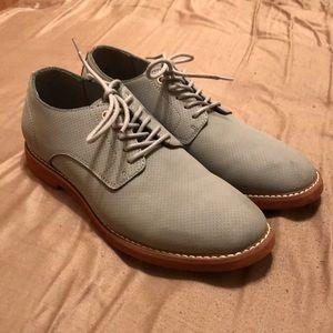Tommy Hilfiger Men's size 9.5 gray dress shoe